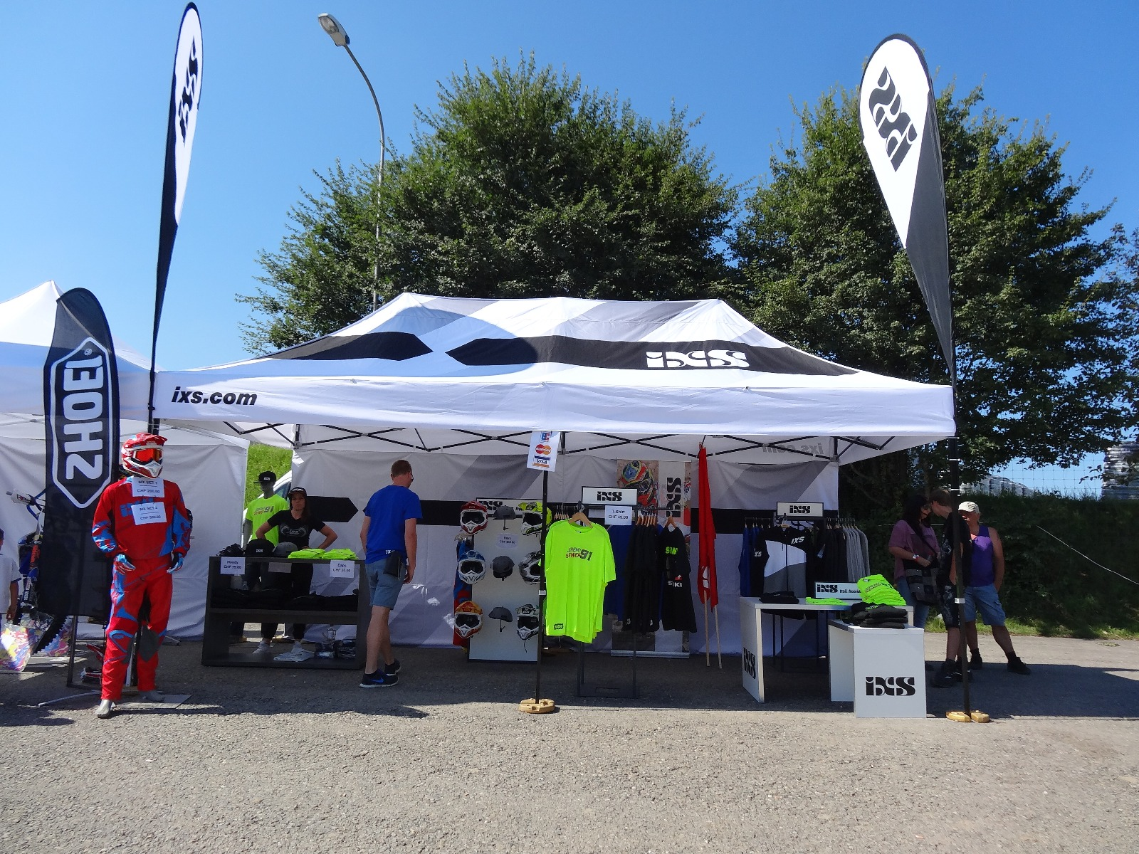 Promotie tent voor IXS by E-Z UP